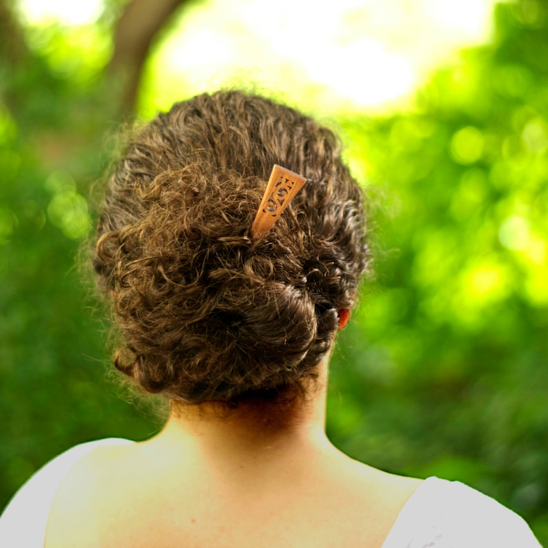 7 Wood Hair Stick Flower Design