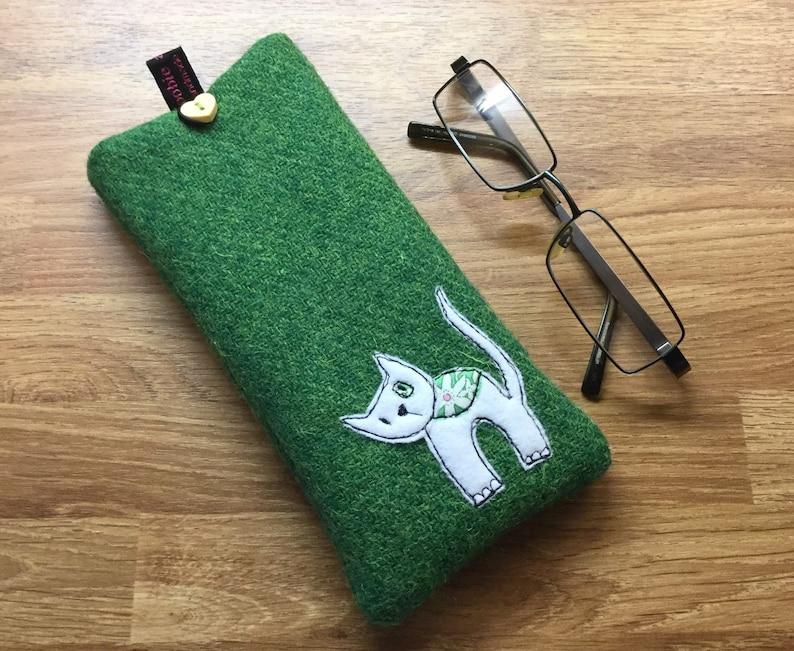 e5a673d2dde Kitty cat glasses case green Harris Tweed specs case
