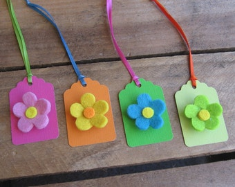 Felt Flower Gift Tags / Set of FOUR / Bold Flower Tags / Floral Tags / Birthday tags / Pink Orange Blue Green Tags