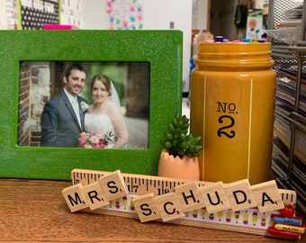 Personalized Desk Plate Gift for Teacher - Personalized Teacher Gift - Christmas Gift - End of School Year Gift
