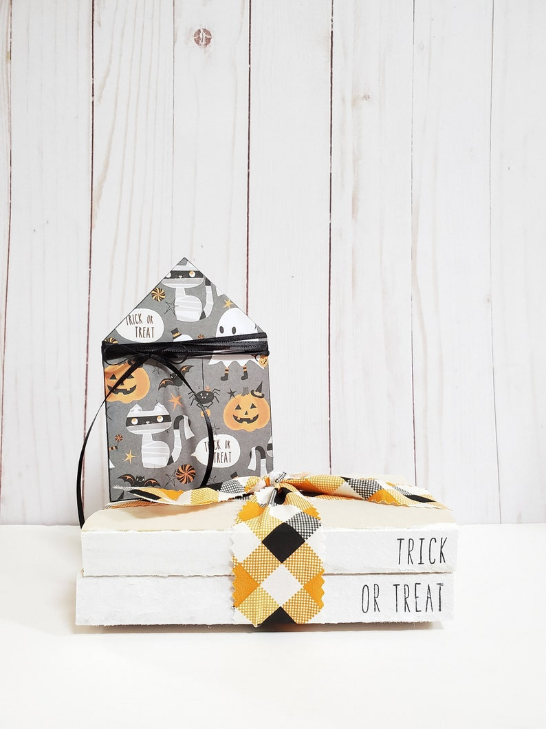Trick or Treat Stamped Books with Buffalo Plaid Ribbon  image 0