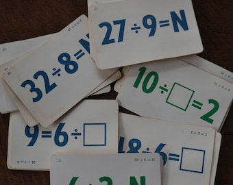 Vintage Division  Math Flash Cards - Lot of 22