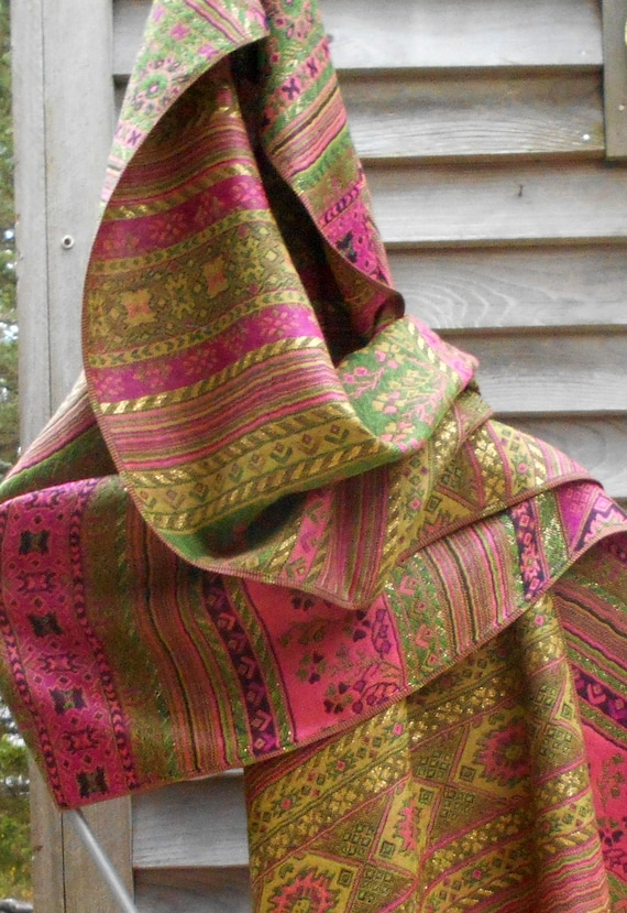 6f0181c6fe5b6 Festival Shawl Green and Rose Pashmina Mexican