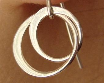 Entwined Circles Hoop Earrings Drop in Sterling Silver, Dangle Earrings, wedding, bridesmaid gift, circle earring