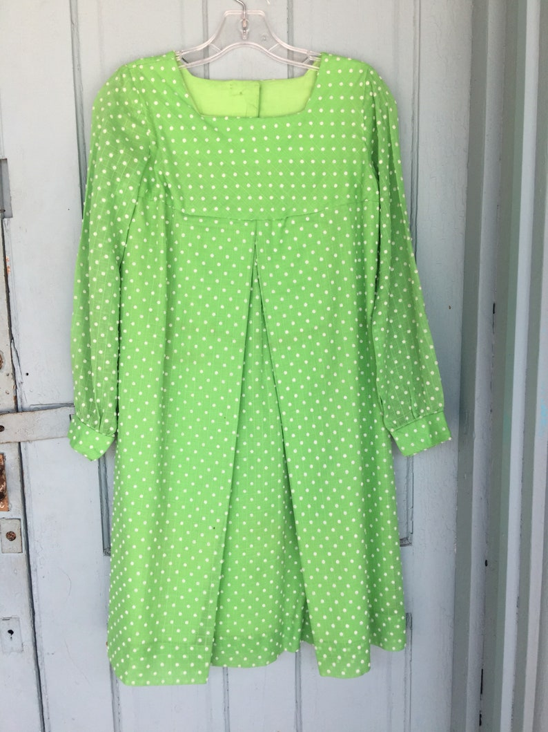 efd4a8aa82c 1960s Mod Green and White Polka Dot Dress a-line tent style