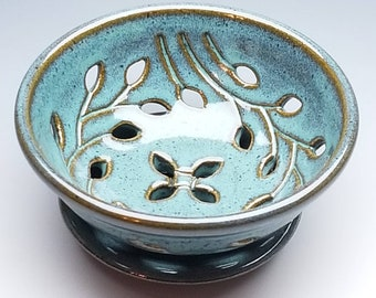 Berry Bowl with Dish, FREE SHIPPING, Turquoise, Vine-Leaf Lattice, Handmade Colander, Candy Dish, pottery, ceramics