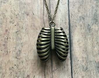 Ribcage necklace