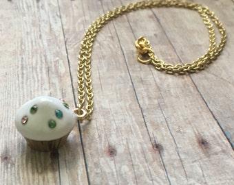 Adorable cupcake necklace