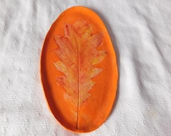 Oak Leaf on A Platter