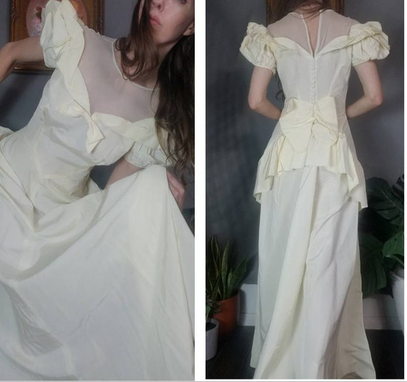 Vintage 40s 50s Wedding Gown Sweetheart Cream Puff
