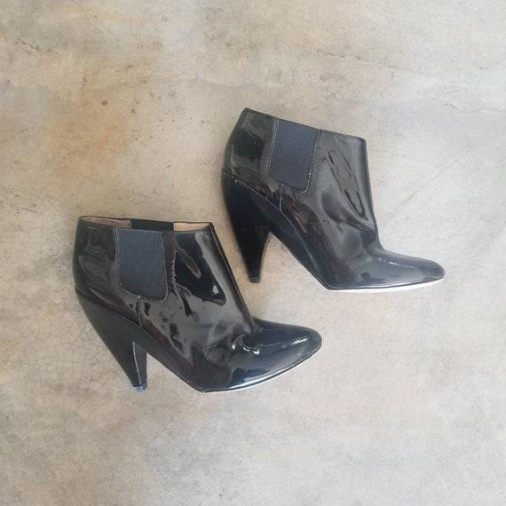 Avant Garde Black Ankle Boots Joan & David Archite