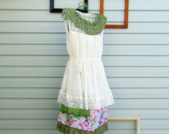 Refashioned Spring Summer Mini Dress Top Tunic SIZE M Ivory Green Pink Romantic with Lace and Ruffles