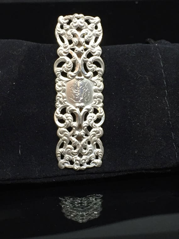 Victorian Style Silver Scarf Holder
