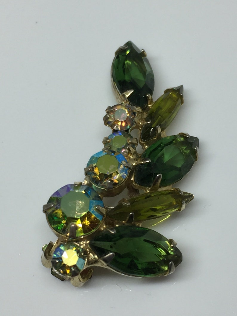 D/&E Juliana Wreath Brooch and Clip-On Earrings Set 1960/'s