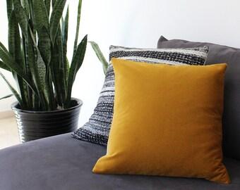 Velvet pillow: mustard yellow pillow in velvet and natural linen, spicy yellow gold velvet cushion cover, velvet throw pillow