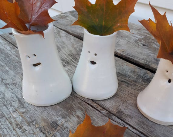 Pottery white ghost vases modern white 3 inches tall with facial expressions seasonal decoration perfect for home decor Halloween