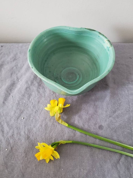 Pottery handmade bowldish in turquoise heart shape home decor valentines gift engagement wedding rings