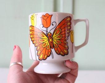 1960s 1970s BUTTERFLY Coffee CUP Coffee Mug.....retro housewares. butterfly. flower. funky. 1960s kitchen. coffee. tea. drink. kitsch. retro