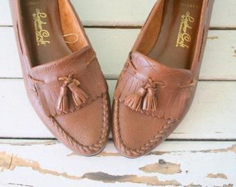 e6fdabbf8 Vintage BOHO LOAFERS...size 6.5 womens....leather craft. shoes. boho.  hippie. hipster. urban. designer vintage. brown. 80s. nautical. retro