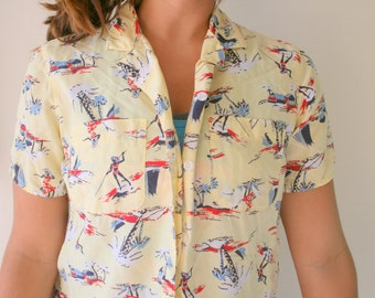 9a17a347 1980s LIZ CLAIBORNE Crop Top....size small to medium womens.....top.  hawaiian. summer. colorful. sailboat. urban. hippie. boho. nautical