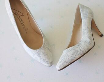 800407fbee806 Caressa heels   Etsy