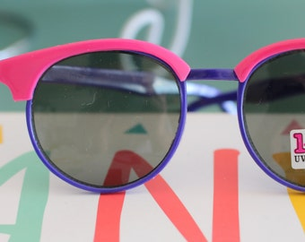 d4b3085e39 Vintage RETRO CLUBMASTER Sunglasses.retro. colorful shade. urban. hipster.  teal. shades. indie. chic. pink. helter skelter. boho. deadstock.