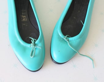 ef67d42e8679db 1980s Teal Blue Tic Tac Toe Flats..size 7 8 womens...tictactoes. blue flats.  1980s. hipster. retro. teal. dancing. ballet. indie. ballet.