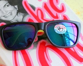 d05c76a7e6 SALE    1980s RAINBOW MIRROR Sunglasses.retro. colorful shades. urban.  hipster. wayfarer. neon. rainbow shades. hipster. indie. pink. purple