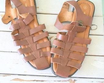 ac7af3e51 1980s AZTEC FLATS....size 9 women...hippie. flats. brown. shoes. 1980s  flats. leather sandals. designer. boho. brown. retro. indie. urban