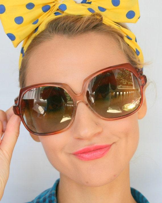 1970s HELLO LOVER Sunglasses..twiggy. womens eyew… - image 1