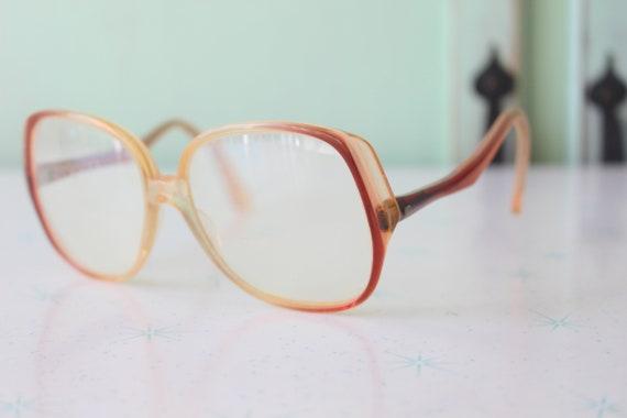 1960s Vintage JACKIE O Mod Glasses....vintage eyew
