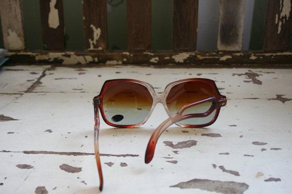 1970s HELLO LOVER Sunglasses..twiggy. womens eyew… - image 4