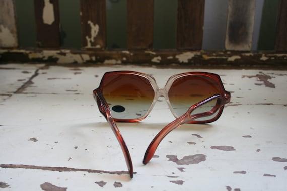 1970s TWIGGY Deadstock Sunglasses..twiggy. womens… - image 4