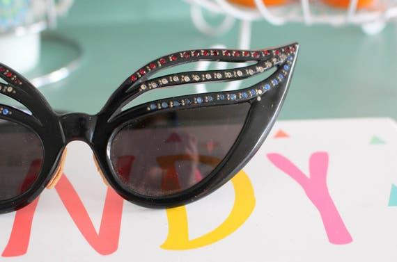 1940s 1950s Cat Eye Sunglasses...vintage. fancy. c