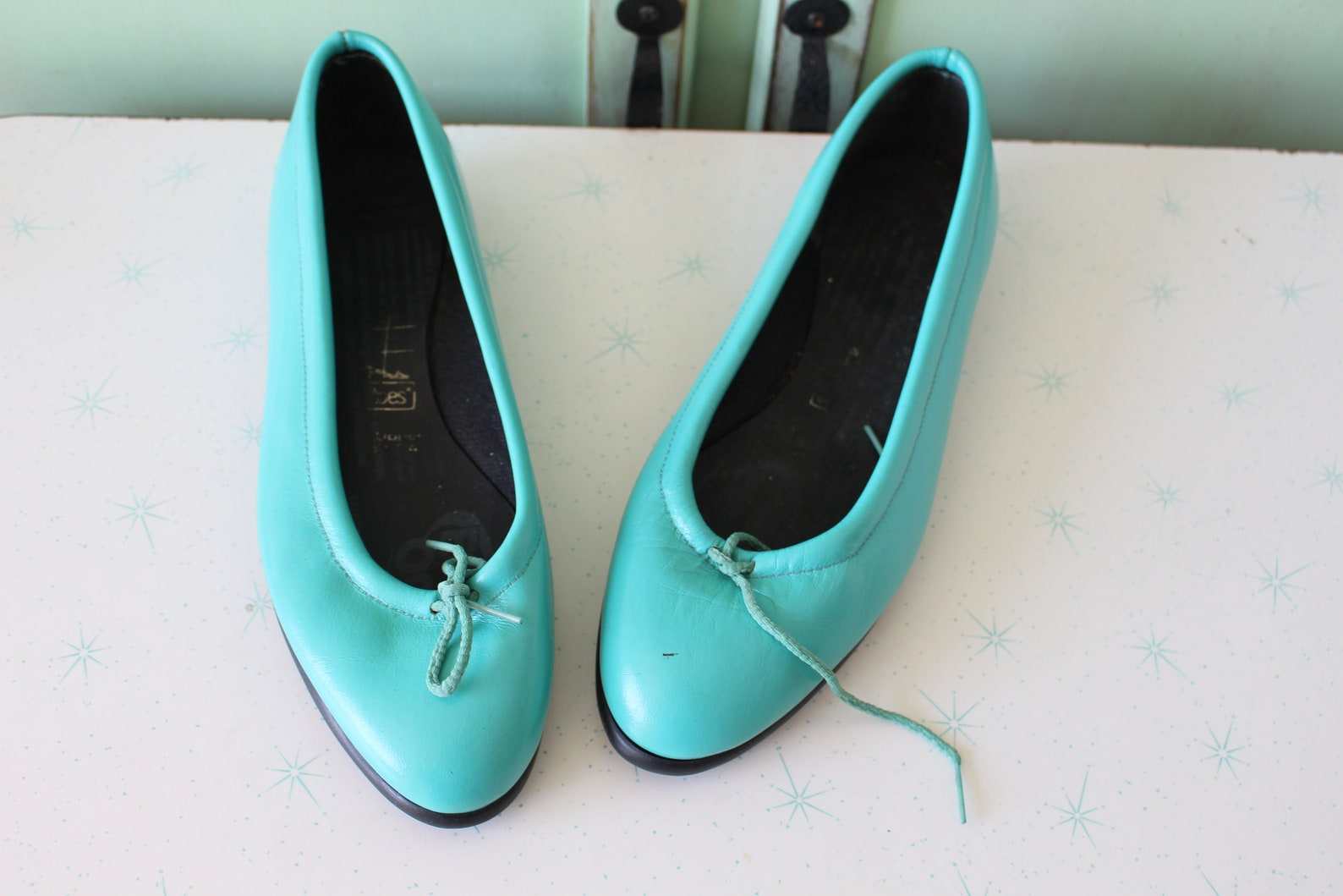 1980s teal blue tic tac toe flats..size 7 8 womens...tictactoes. blue flats. 1980s. hipster. retro. teal. dancing. ballet. indie
