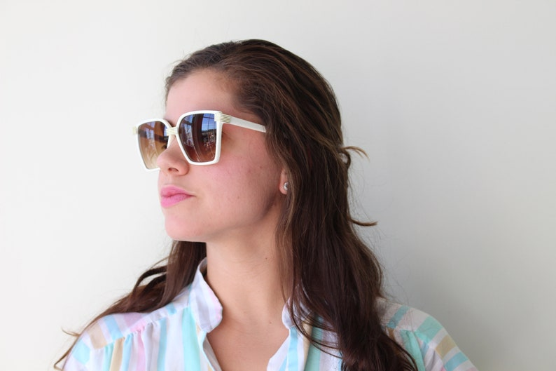 Vintage White and Gold Sunglasses...rare. womens eyewear.twiggy. 1970s accessories. woodstock. hippie. designer glasses. hipster. urban. mod