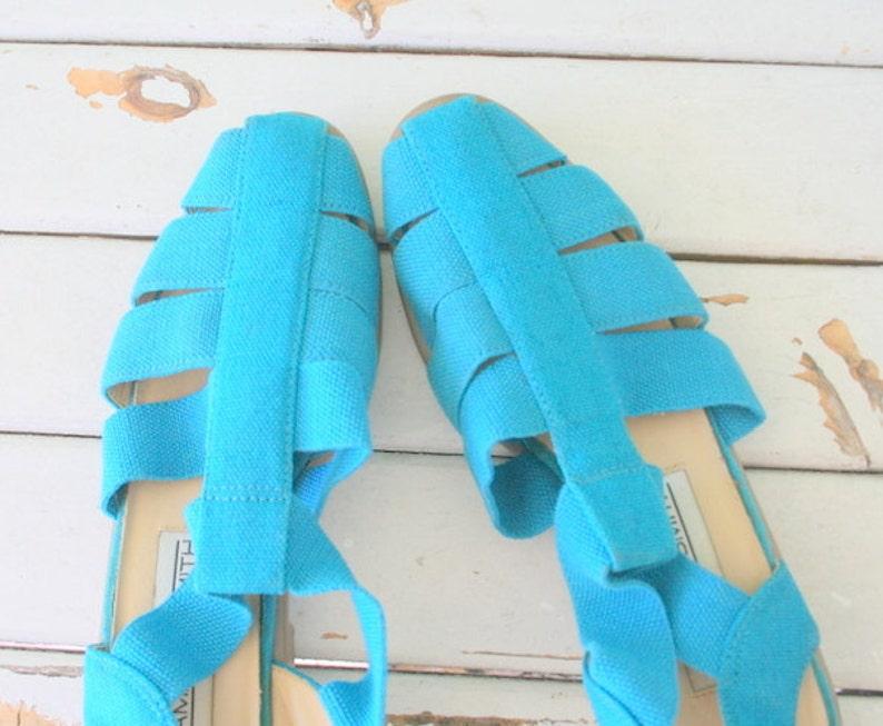 hipster fancy womens flats retro 1980s BLUE FABRIC Flats..size 6 7 women..urban mod mod shoes summer spring summer fabric flats