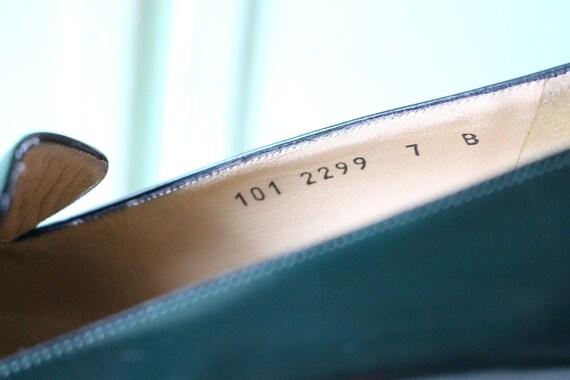 90s Vintage GUCCI Designer Loafer Heels..size 7 w… - image 10