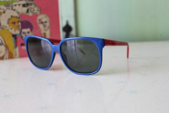 Vintage BLUE and RED Korea Sunglasses....womens e… - image 4