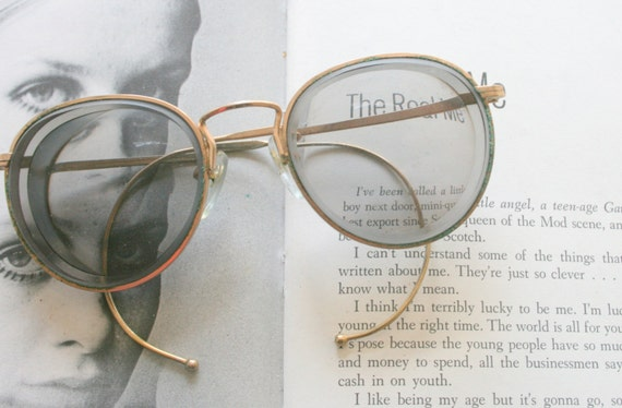 1960s LENNON EYEWEAR.specs. optical. librarian. ro