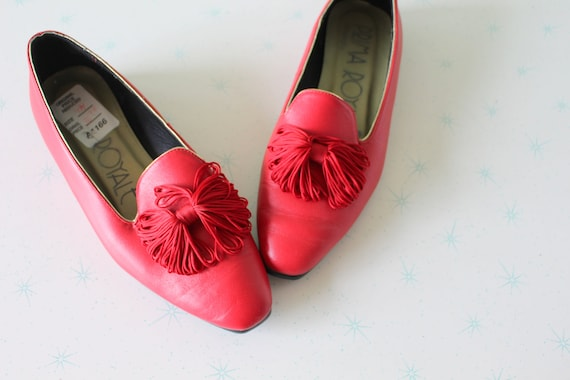 1980s RED LEATHER Oxfords..size 7 womens.mod. boho