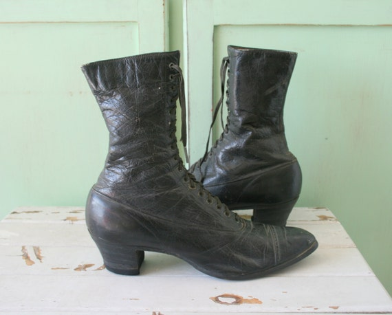 Mid Century Antique WITCH BOOTS...size 5 womens...
