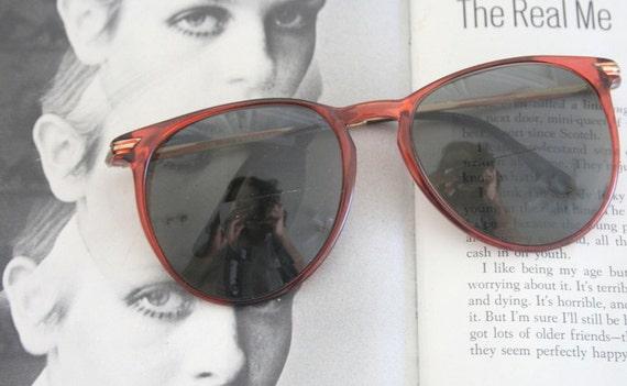 1970s MOD Sunglasses..twiggy. perry ellis. design… - image 1