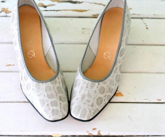 1960s GRAY DESIGNER Heels....size 7.5 women...desi