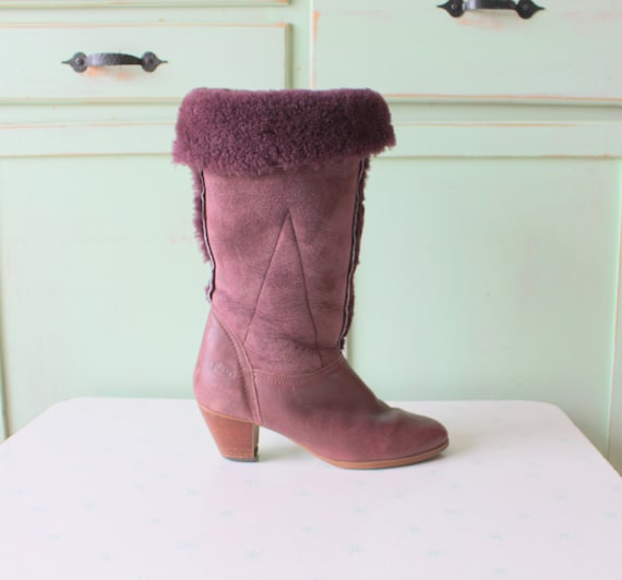 1970s Brown BOOTS....size 8 womens.boots...shoes.