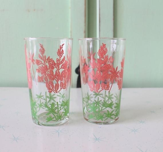 RETRO 1970s Set of Juice Glassesset of 2retro kitchen. groovy glassware. funky. drink. serve. floral. breakfast. kitsch. kawaii. mod