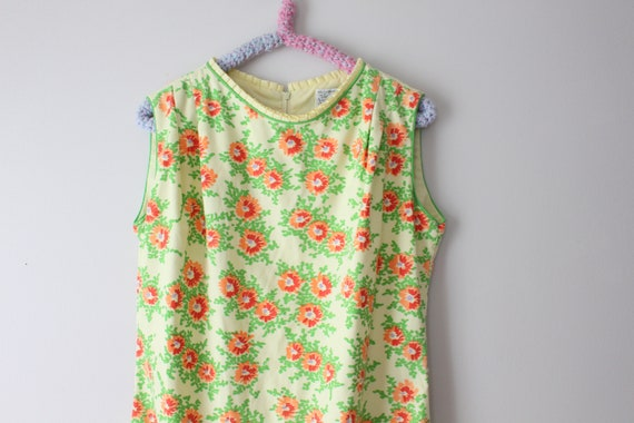 1960s VESTED GENTRESS Vintage Flower Dress...size