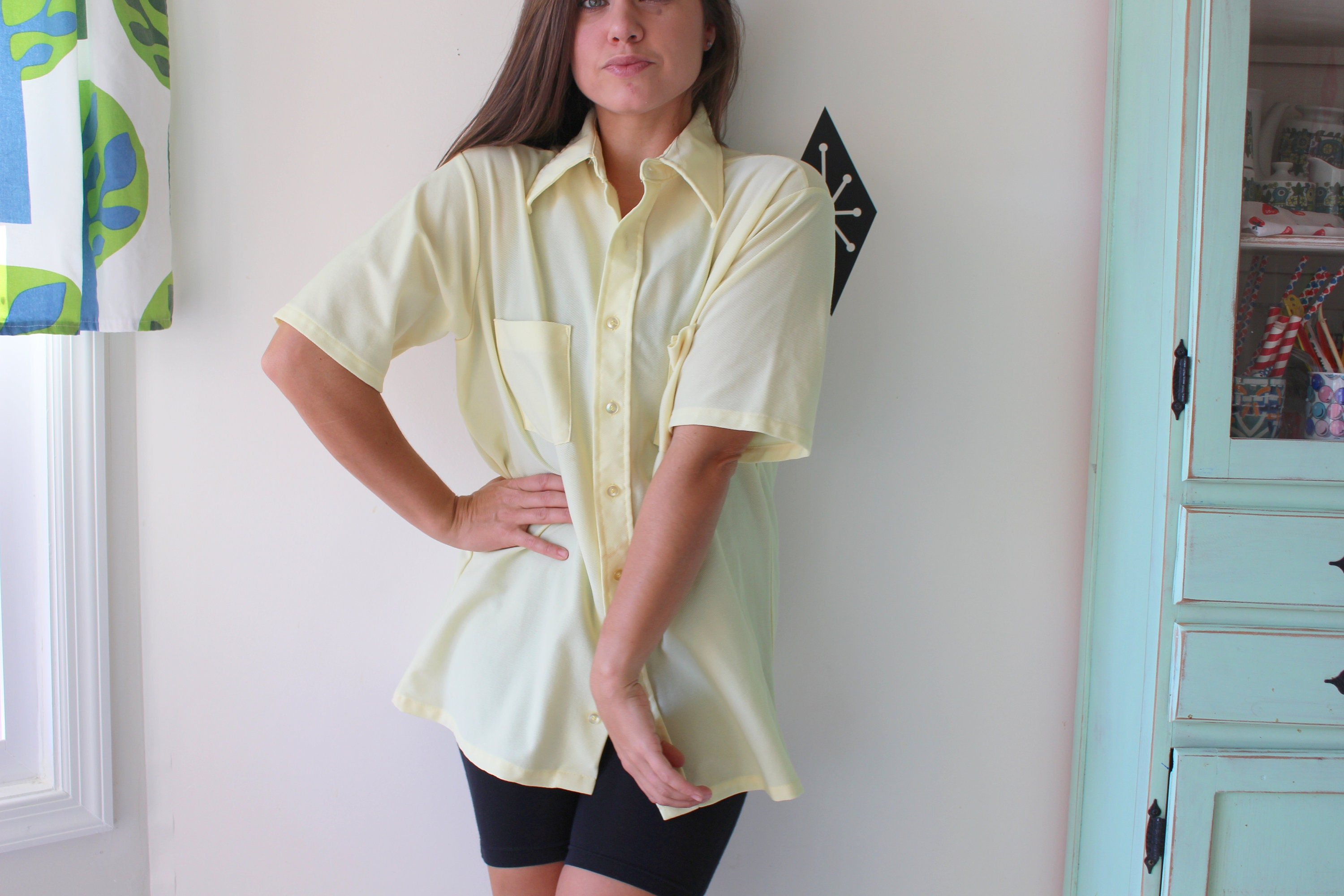 1970s Men's Shirt Styles – Vintage 70s Shirts for Guys 1970S Vintage Yellow Hipster Top..size Medium...70S Show. Mens Clothing. Retro. Sporty. Classic. Prep. College. Fathers Day. Kitsch. Frat $32.50 AT vintagedancer.com