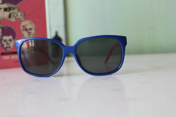 Vintage BLUE and RED Korea Sunglasses....womens e… - image 3