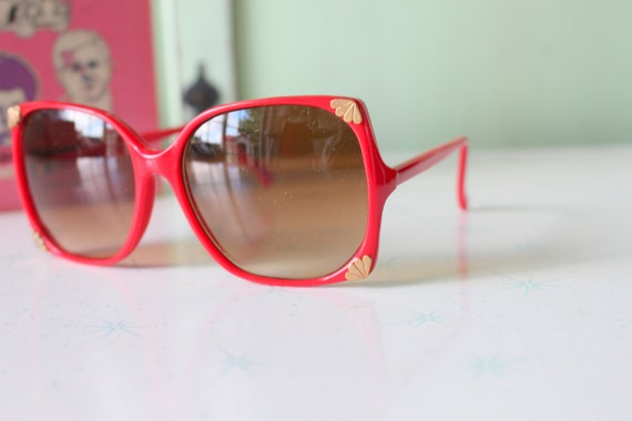 1970s Vintage RED Mod Sunglasses...retro. colorfu… - image 1